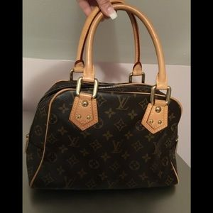 Louis Vuitton Bags - Sold !!  Vuitton monogram Manhattan handbag